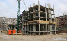 Брошенную на два года стройку жилого дома возобновят